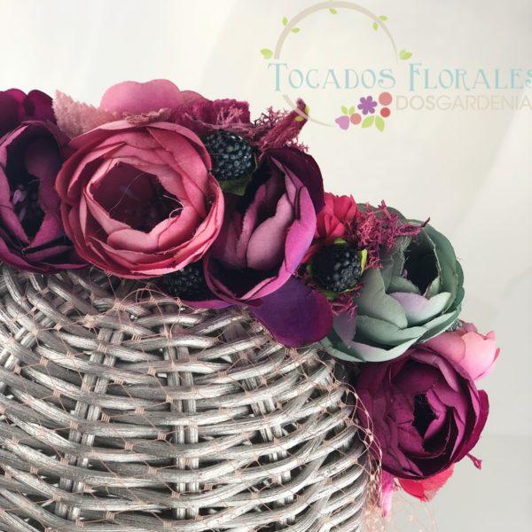 diadema de flores para invitadas
